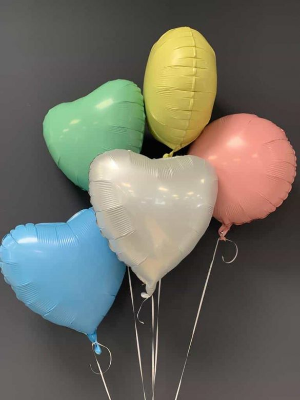 Dekorationsballons in vielen Farben, je € 4,50 20