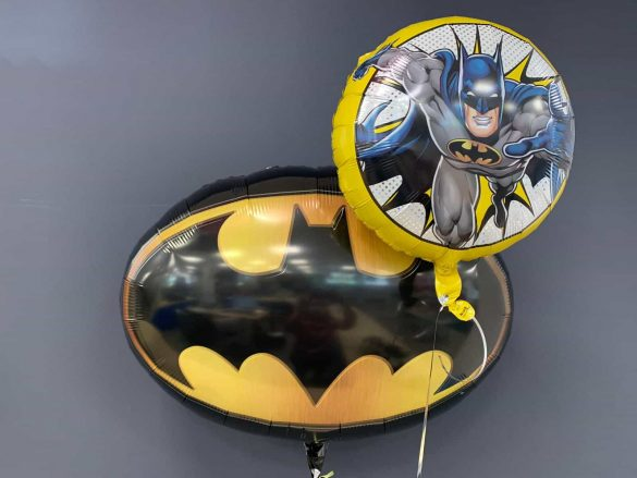 Batman gross € 7,90<br />kleiner Ballon € 5,90 193