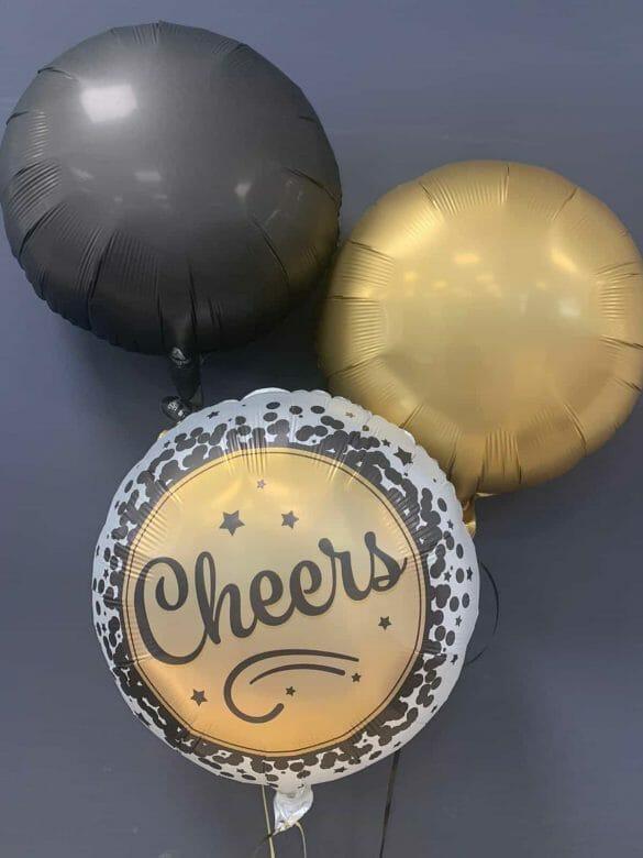 Ballon Cheers € 5,90<br />Dekoballons je € 4,50 116