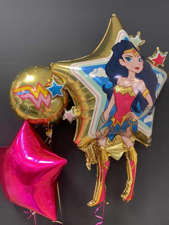 Wonderwoman € 8,90 <br>Dekoballons € 4,50<br>runder Ballon € 5,50 17