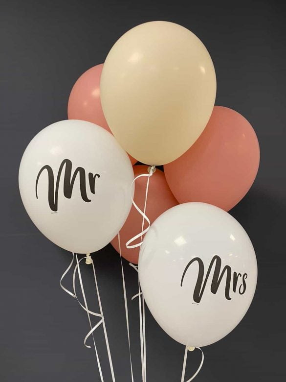 Mr and Mrs Latexballons<br>€ 0,50 Ballon mit Druck<br>€ 0,30 ohne Druck<br>€ 1,40 Heliumfüllung 43