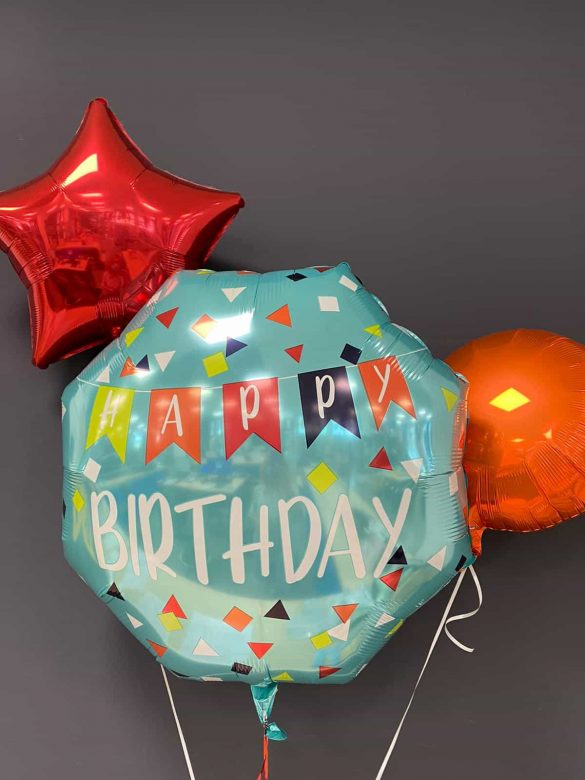 Happy Birthday Ballon € 9 ,90<br>rote Dekoballons € 4,50 9