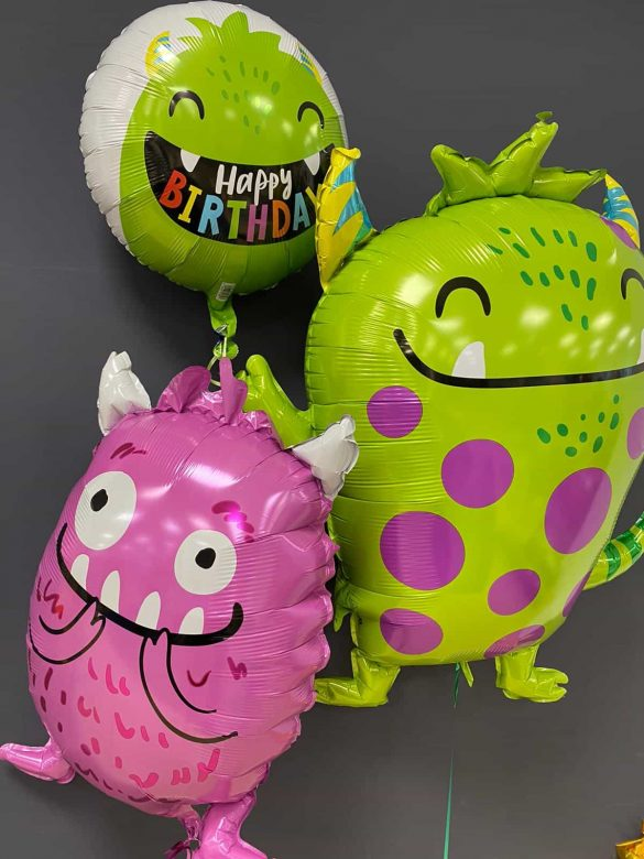 Monster Ballons <br>grün 70 cm  € 7,90<br>lila 50 cm  € 6,90<br>runder Ballon € 5,50 18